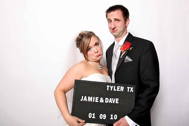 The Mug Machine (Jamie & David) | Wedding Photography Tyler, TX