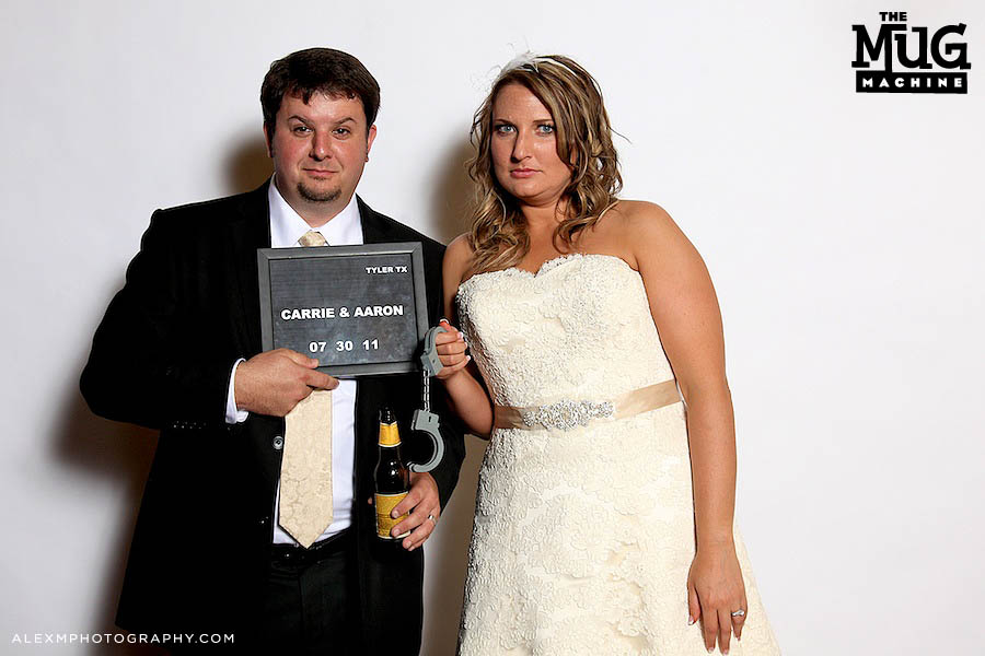 Carrie & Aaron | Mug Machine