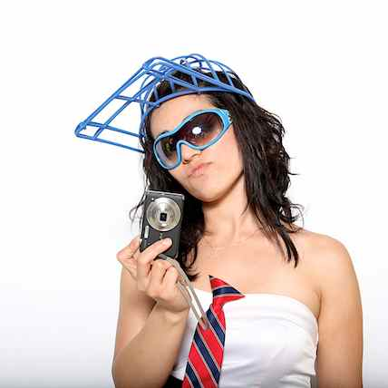 http://www.alexmphotography.com/_wp_site/wp-content/uploads/2013/06/mug-ladies-004.jpg