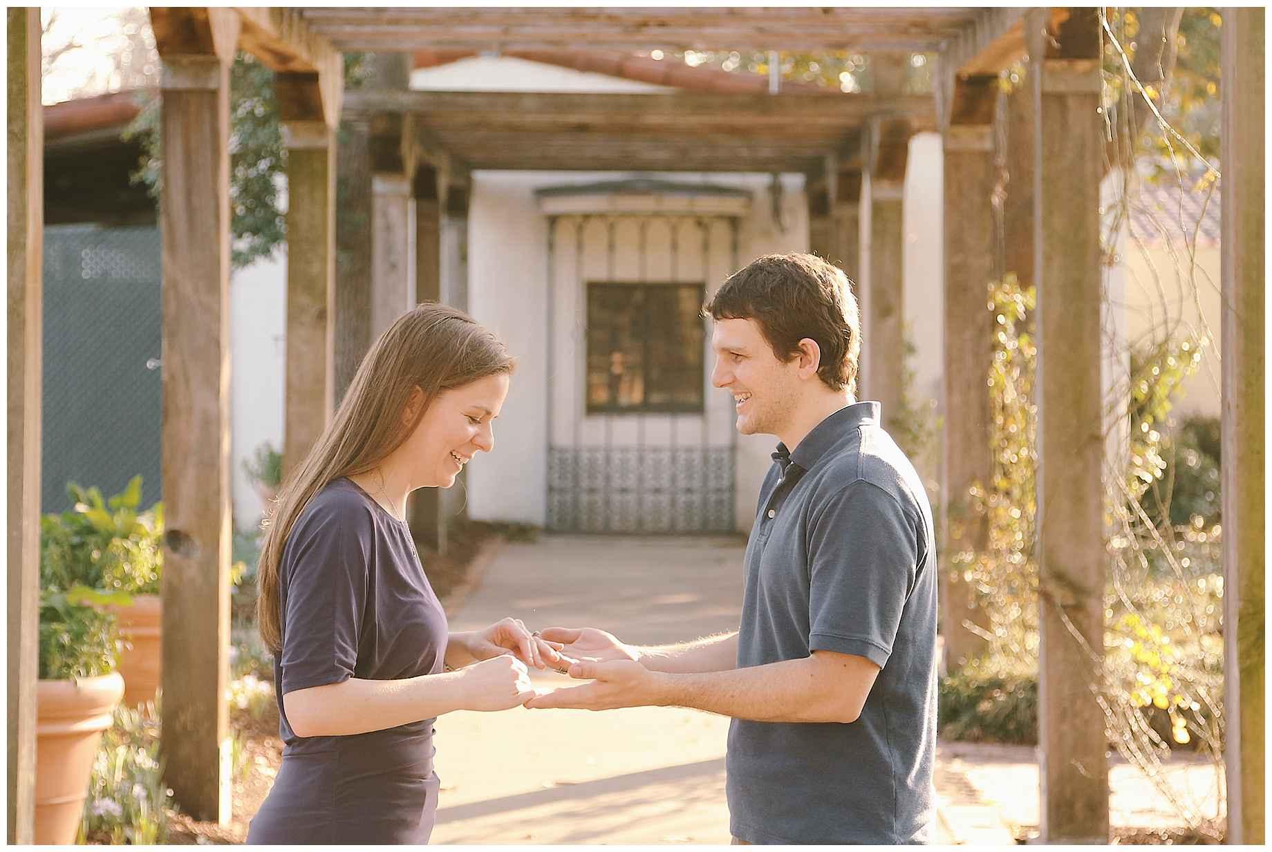 dallas-arboretum-engagement-photos-07