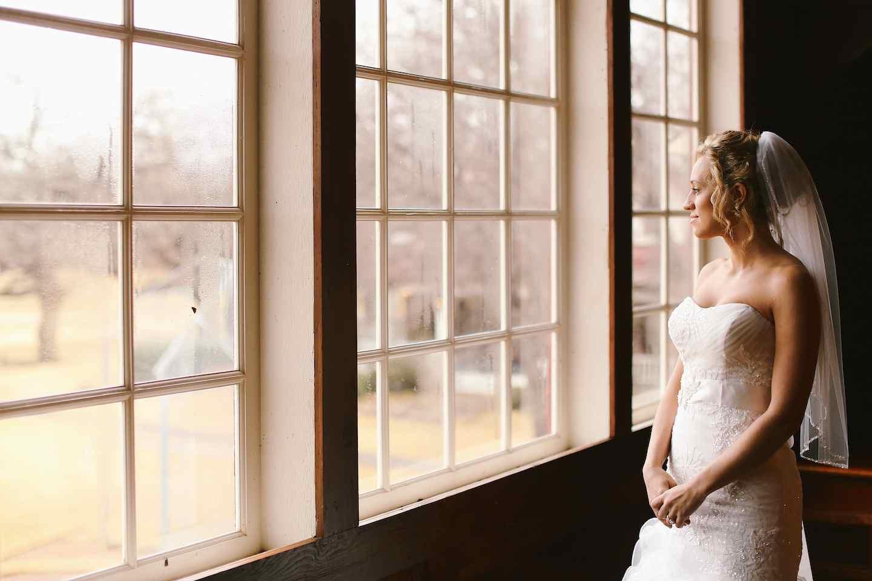 Lindsey | Bride in a Barn