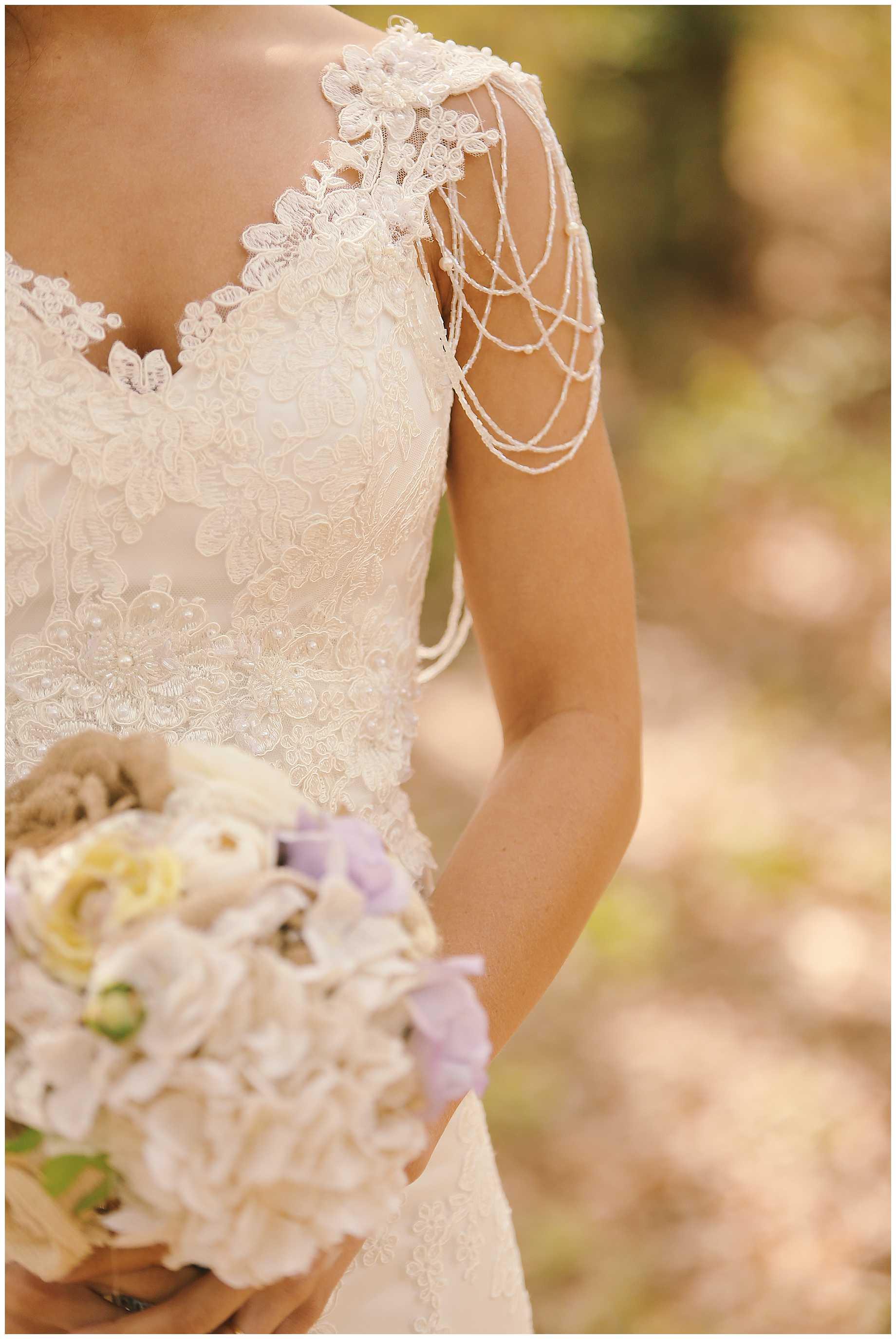 bride-on-a-horse-east-texas-03