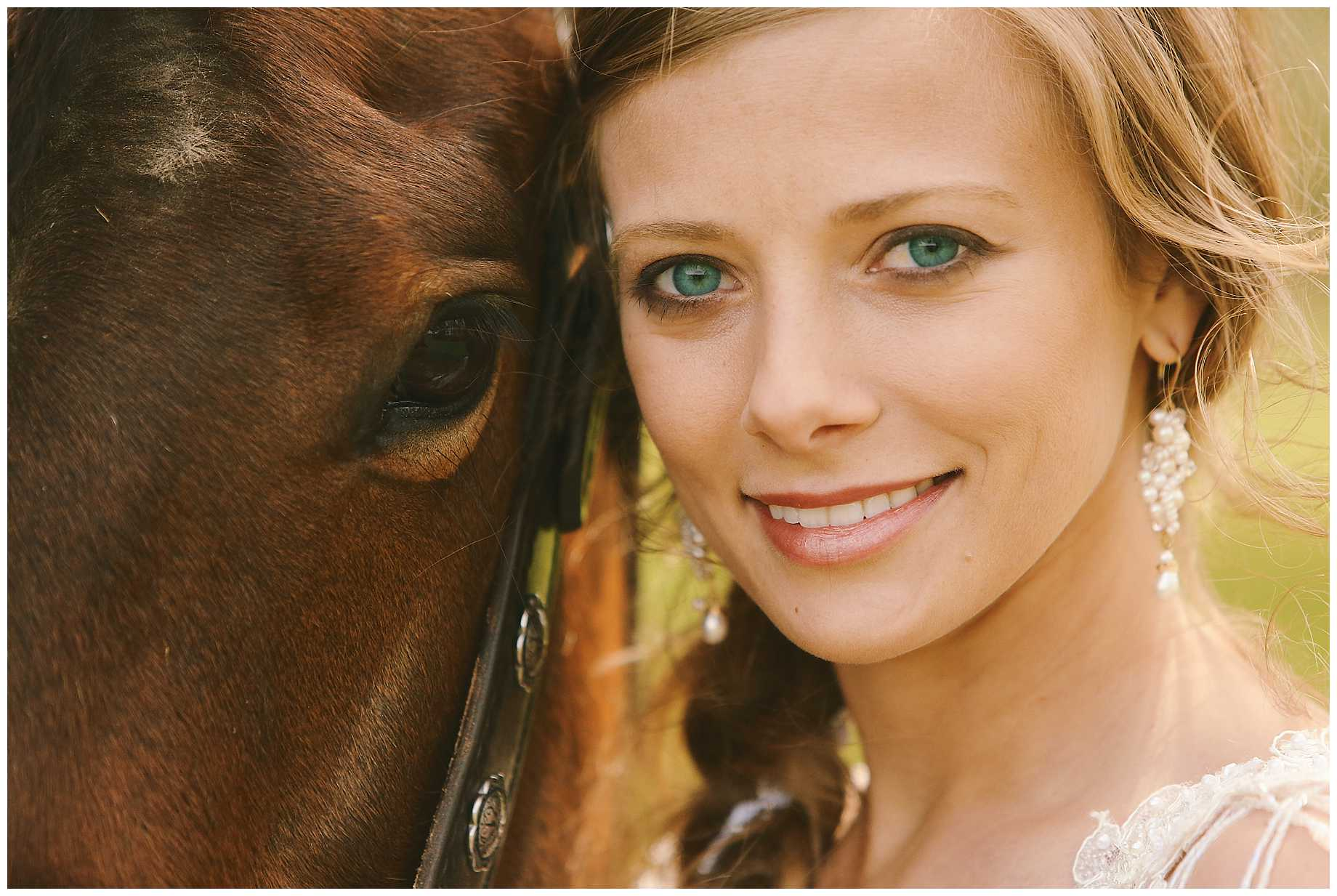 bride-on-a-horse-east-texas-07