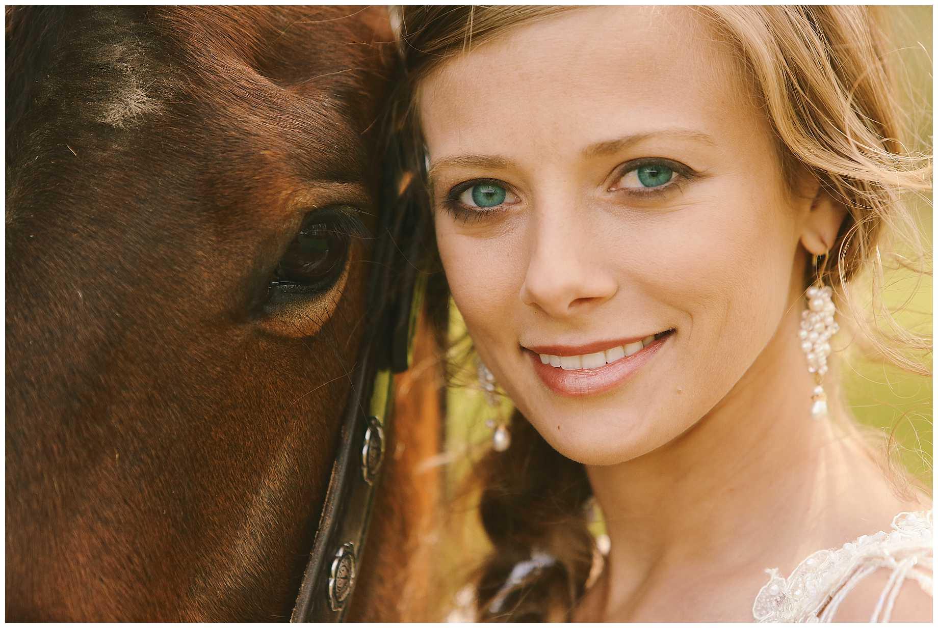 bride-on-a-horse-east-texas-07
