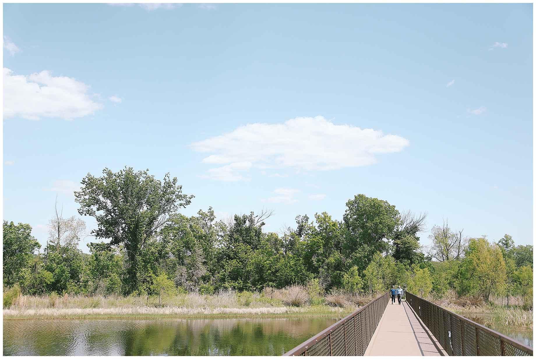 trinity-river-audubon-center-engagement-photos-06