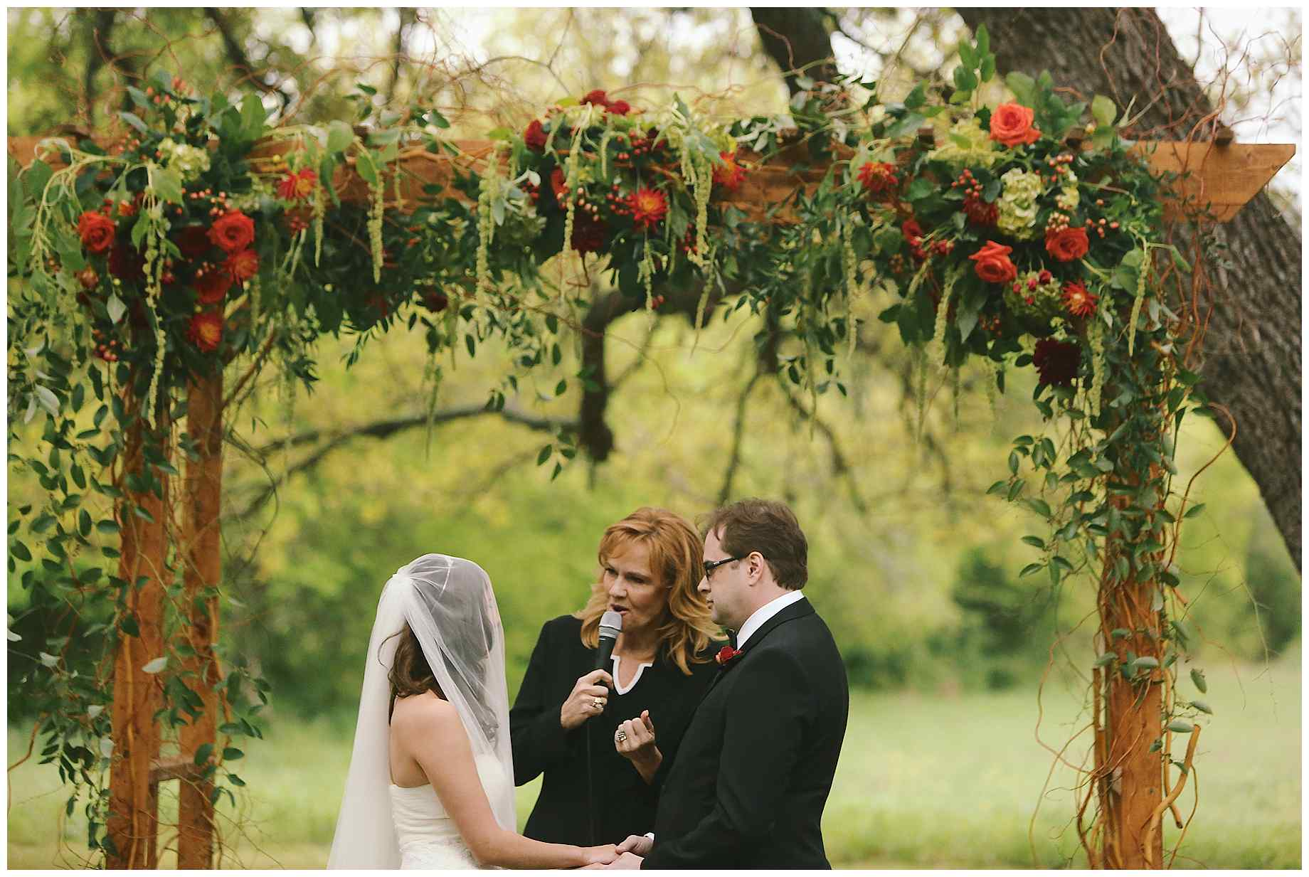vineyard-at-the-chappel-lodge-wedding-photographer-09