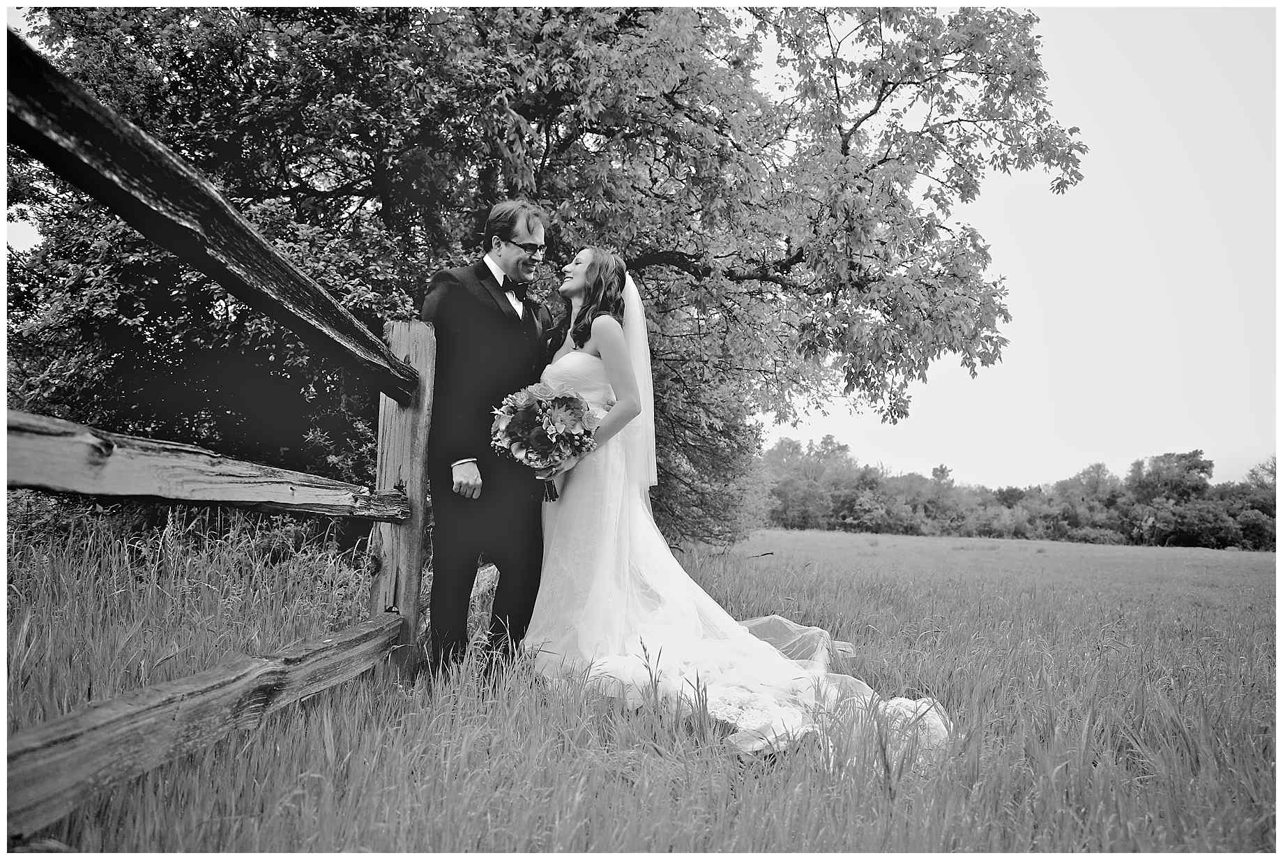 vineyard-at-the-chappel-lodge-wedding-photographer-11