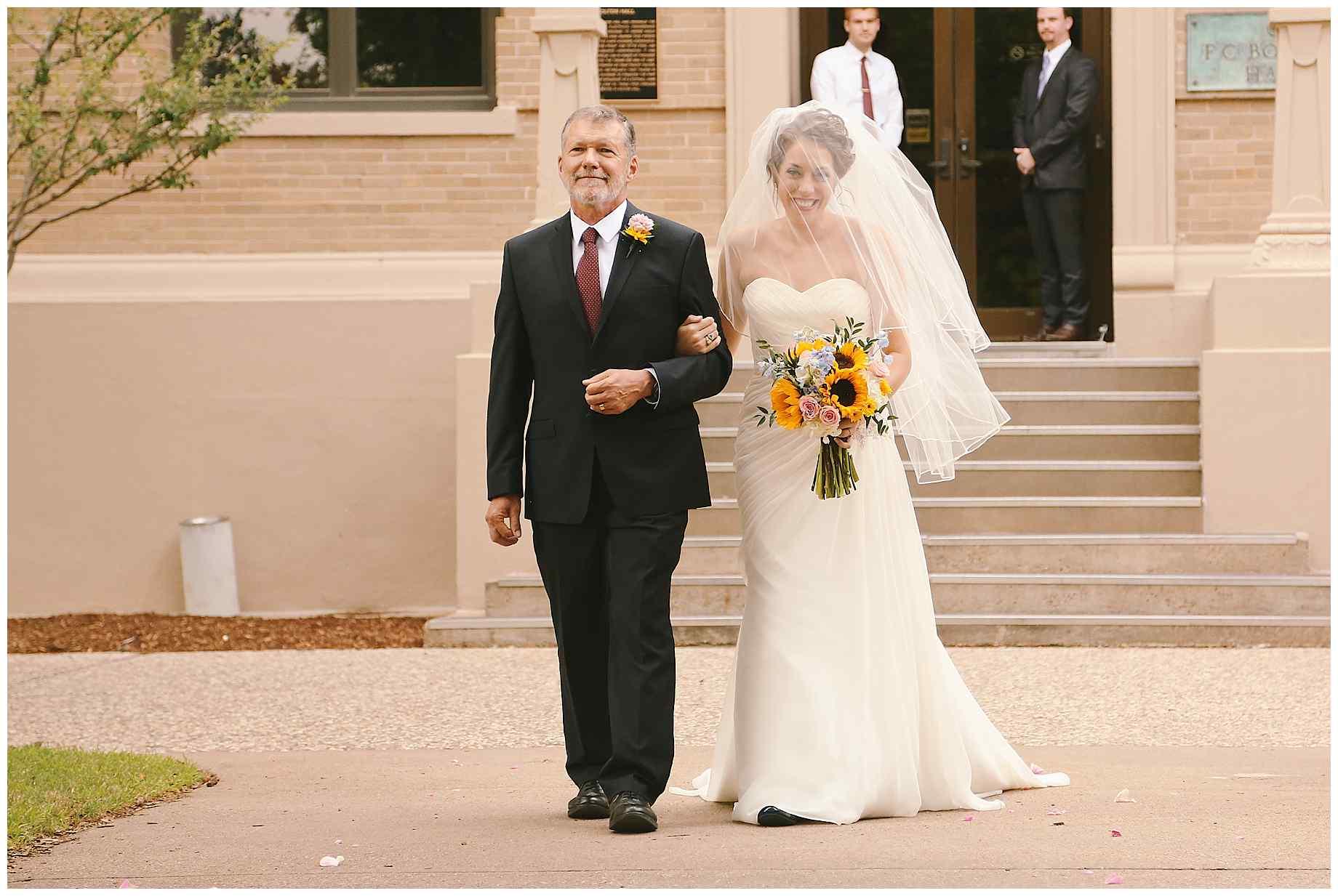aggie-century-tree-wedding-10