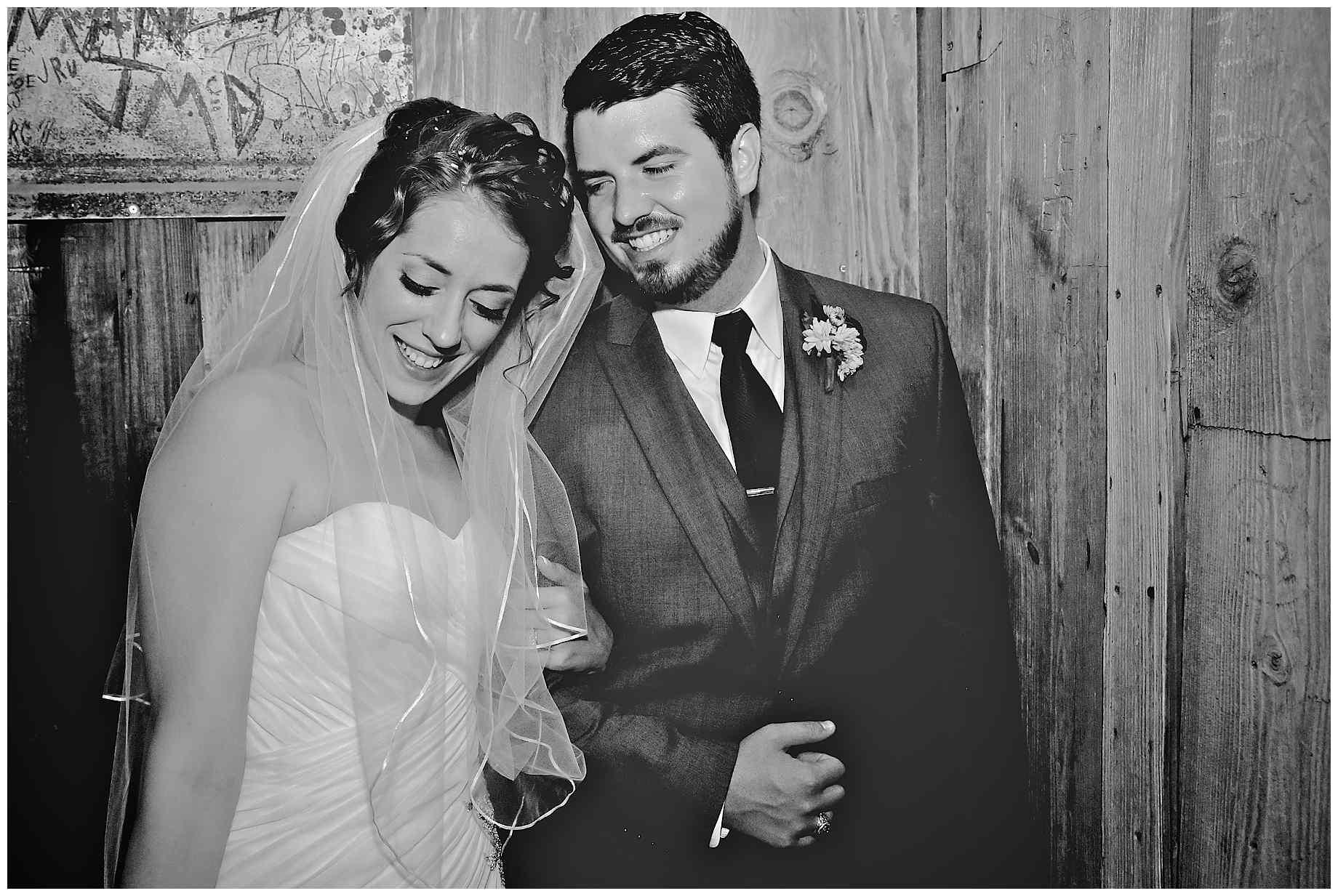 dixie-chicken-wedding-photos-02