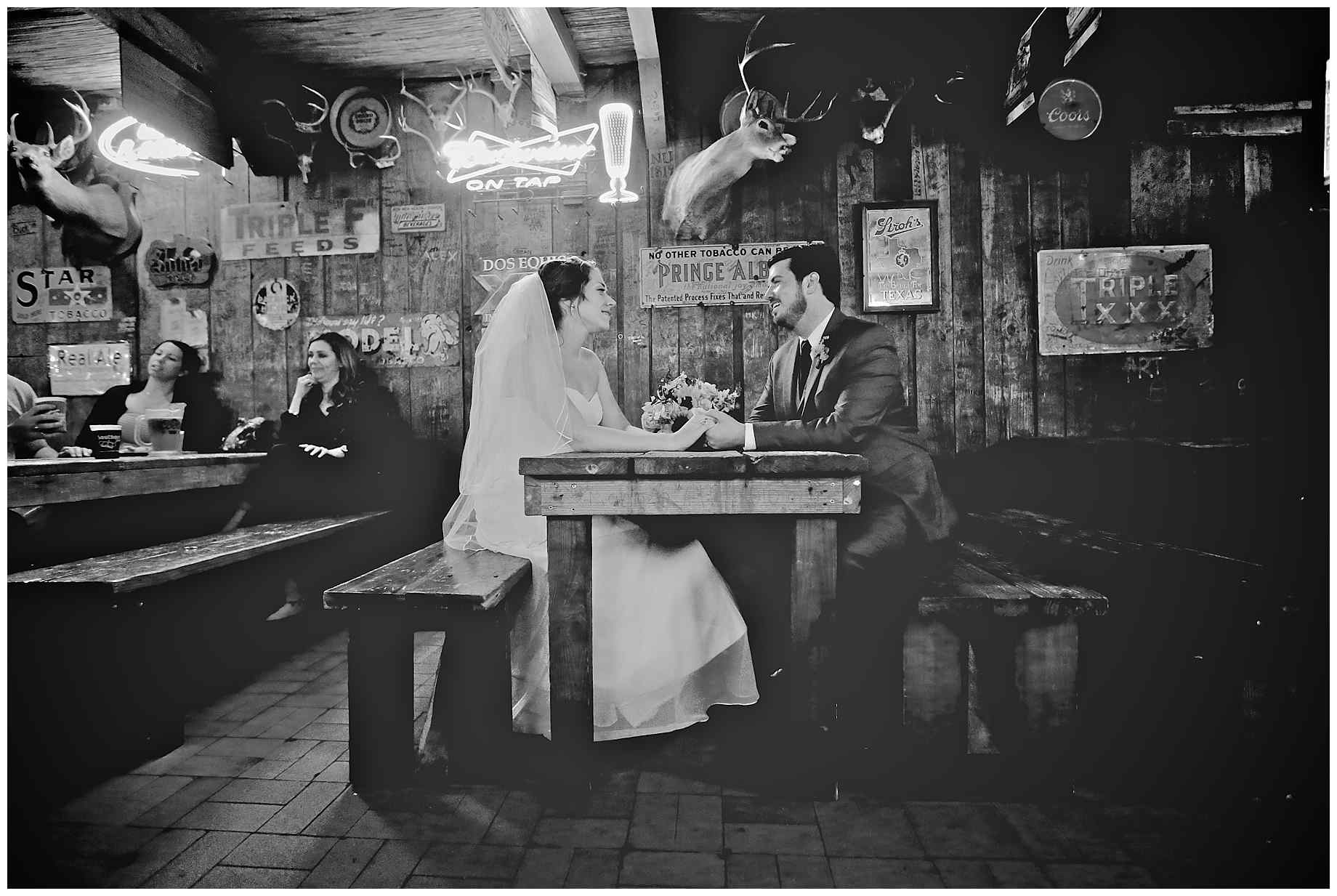 dixie-chicken-wedding-photos-06