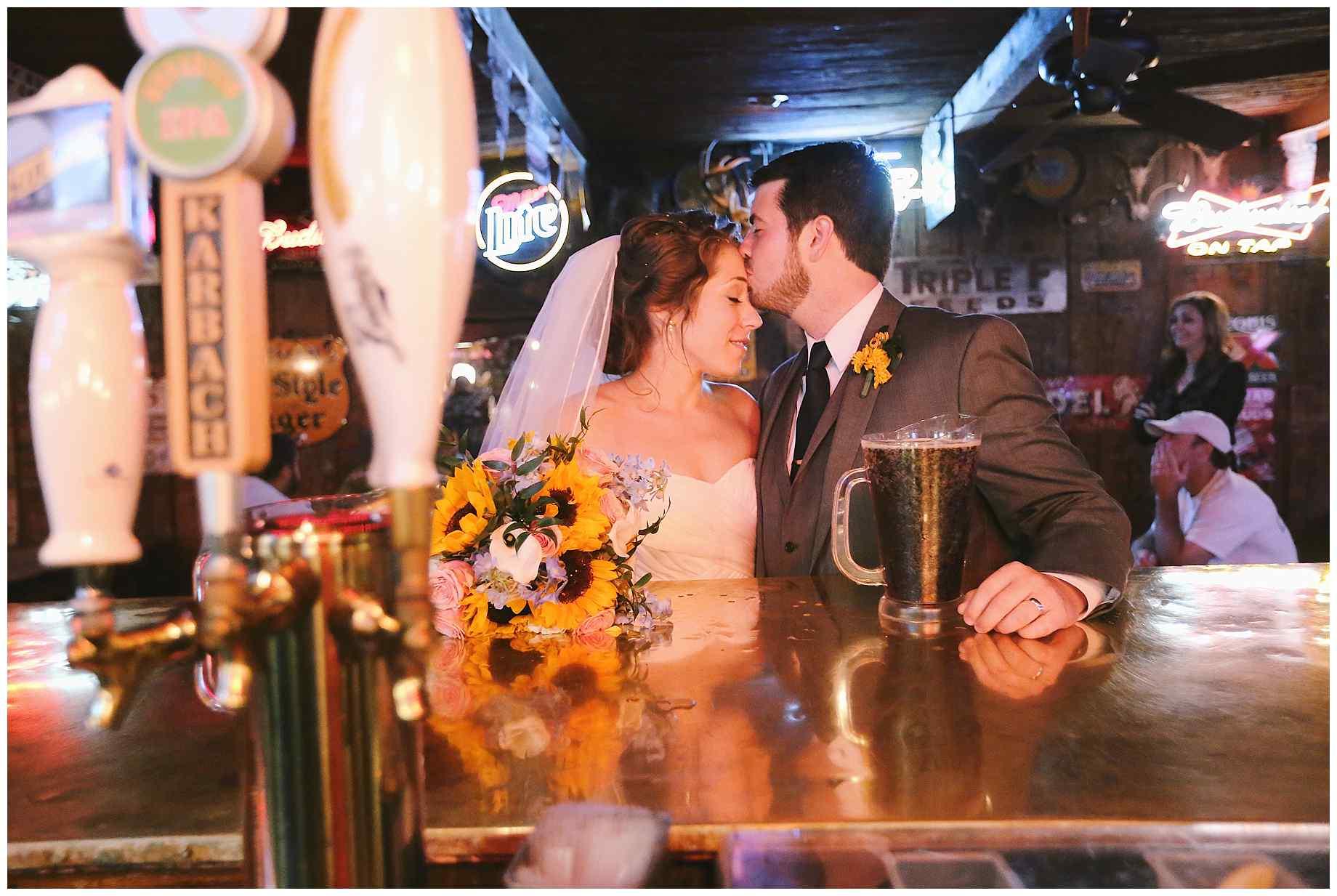 dixie-chicken-wedding-photos-07