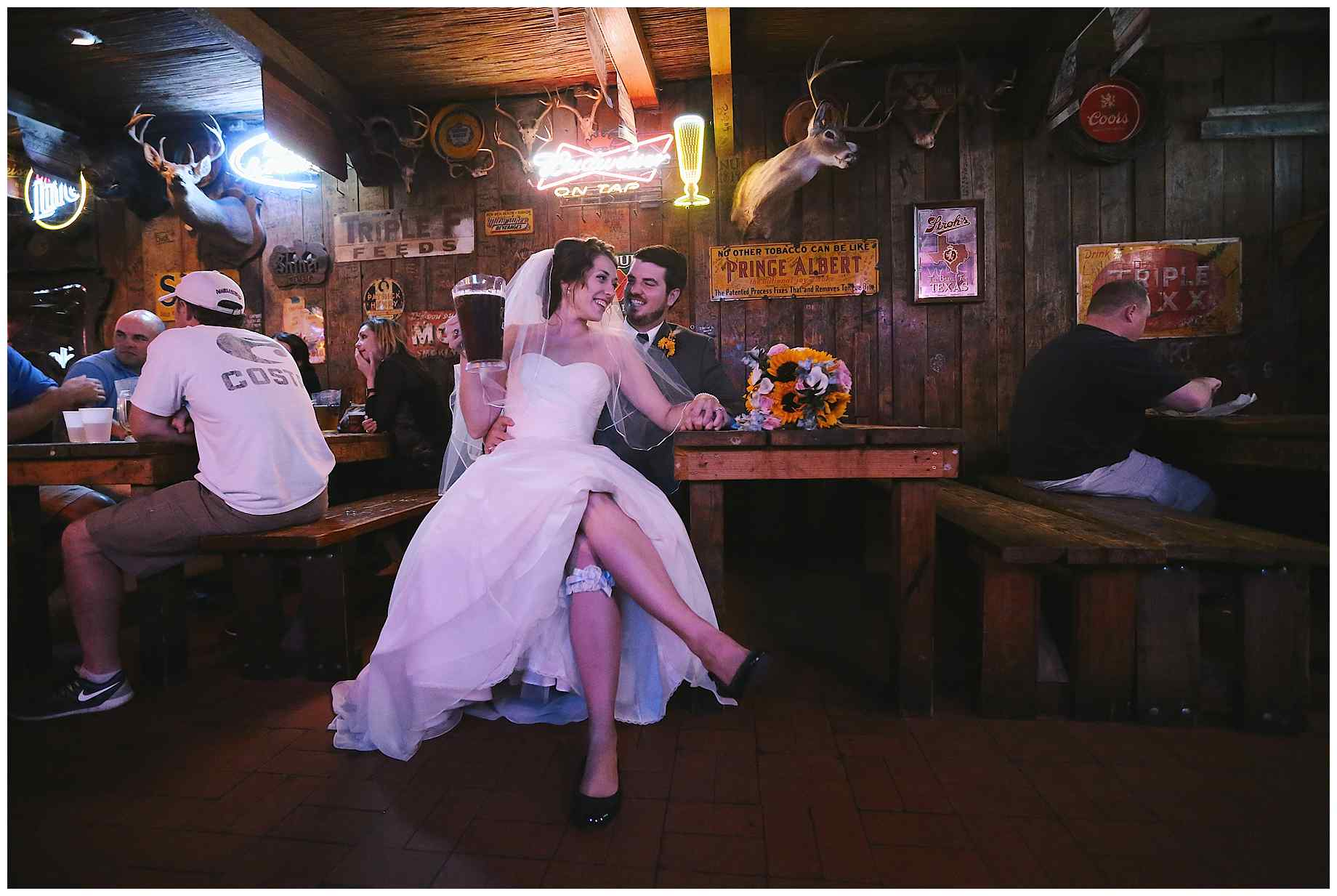 dixie-chicken-wedding-photos-09
