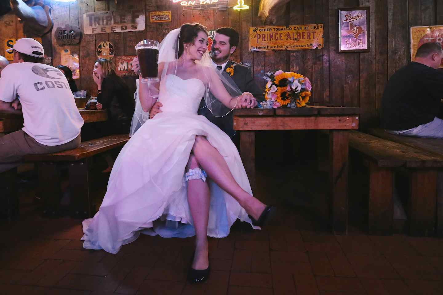 12370How To End Your Wedding Day At The Chicken