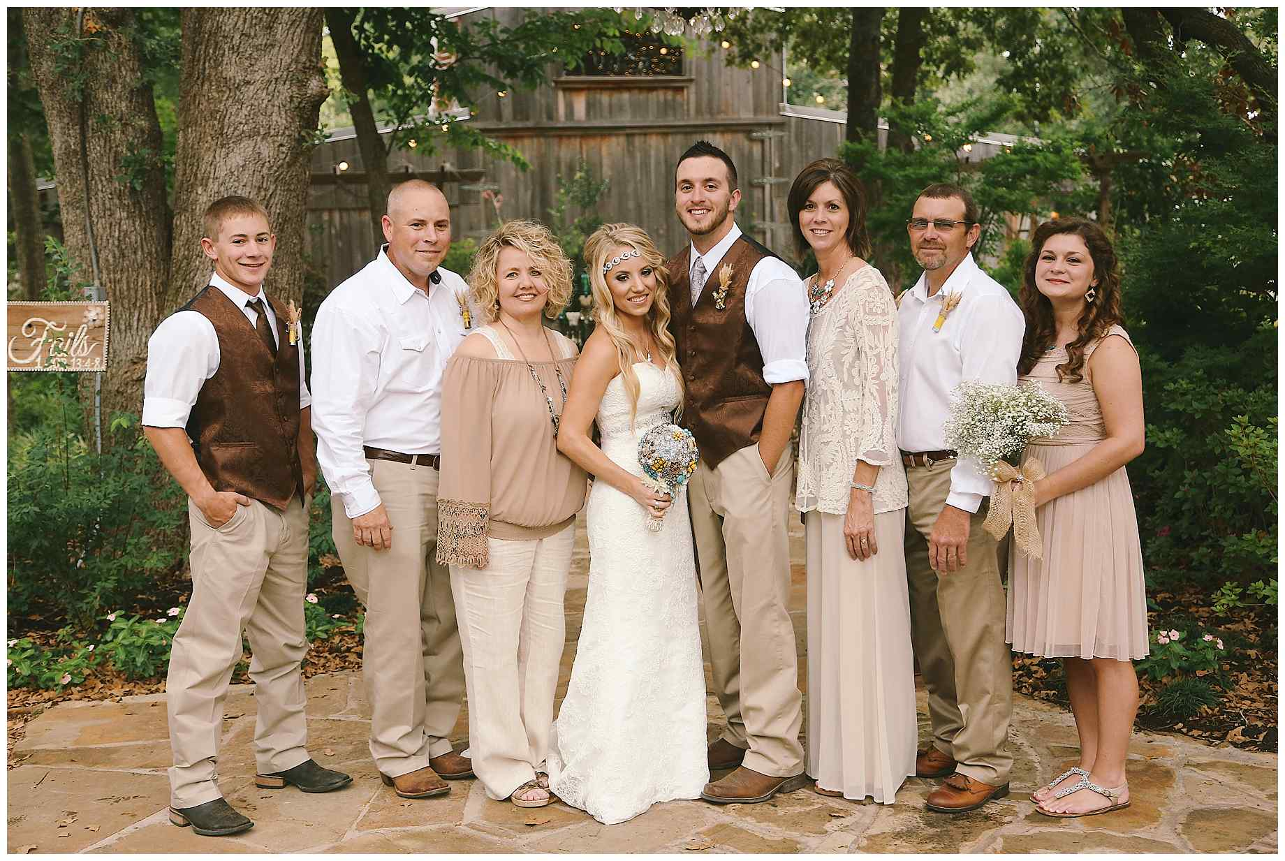 stone-oak-ranch-outdoor-wedding-013