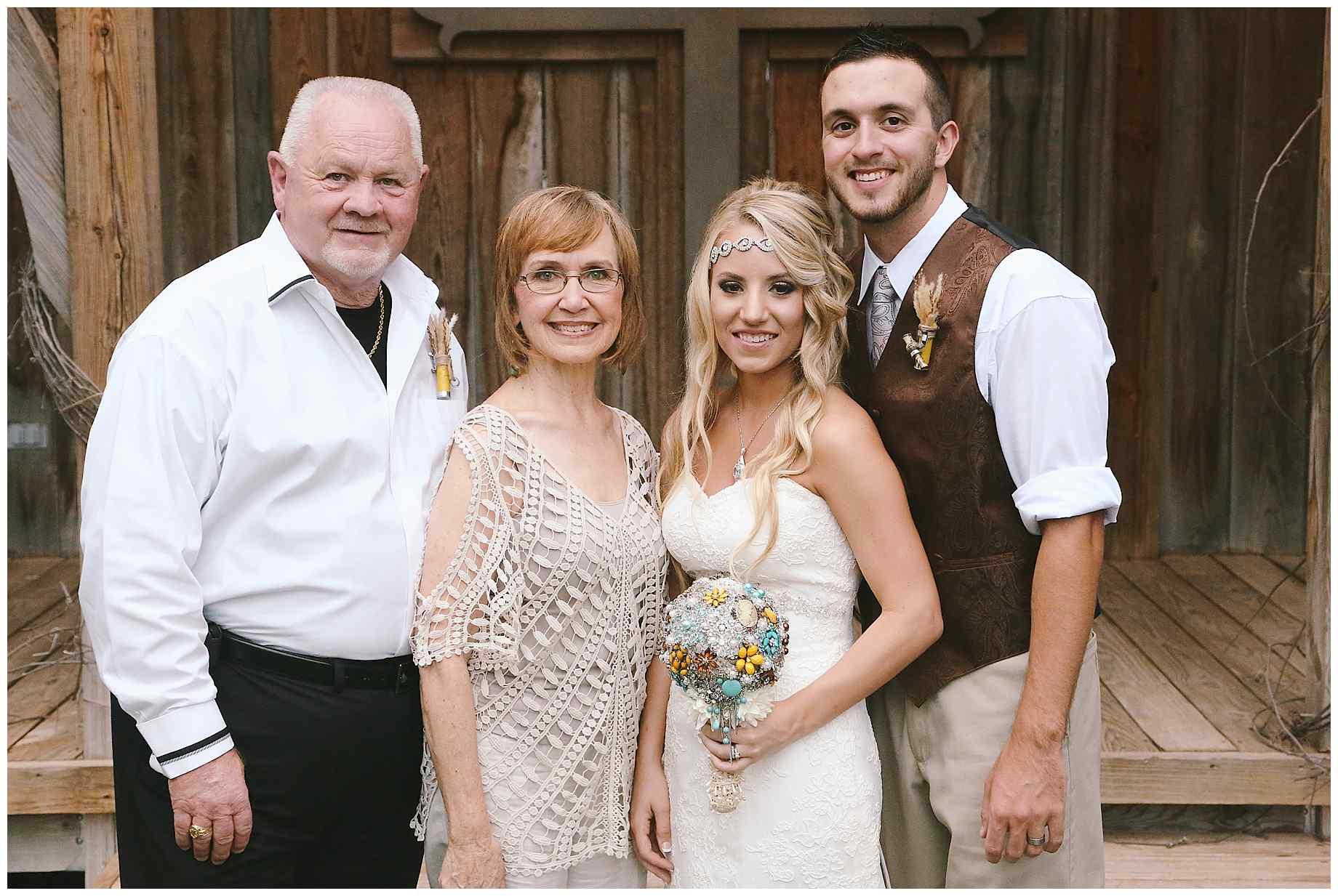 stone-oak-ranch-outdoor-wedding-021