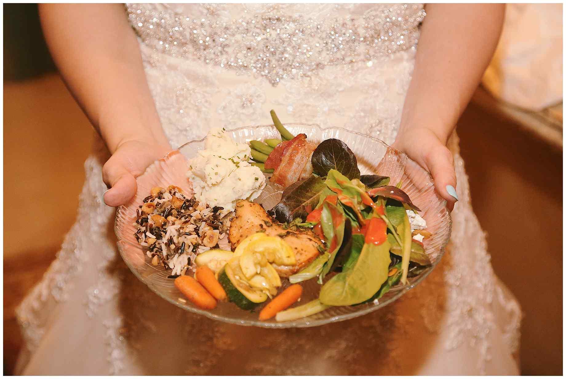 teaberry-farm-wedding-photos-20