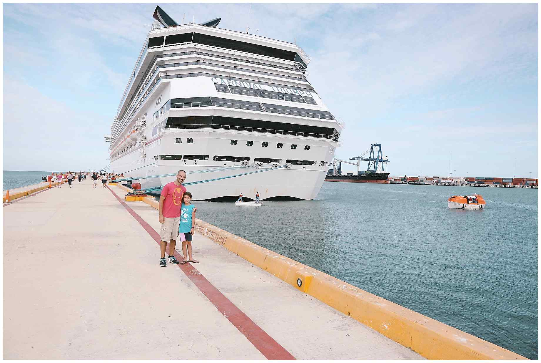 father-daughter-carnival-cruise-00017