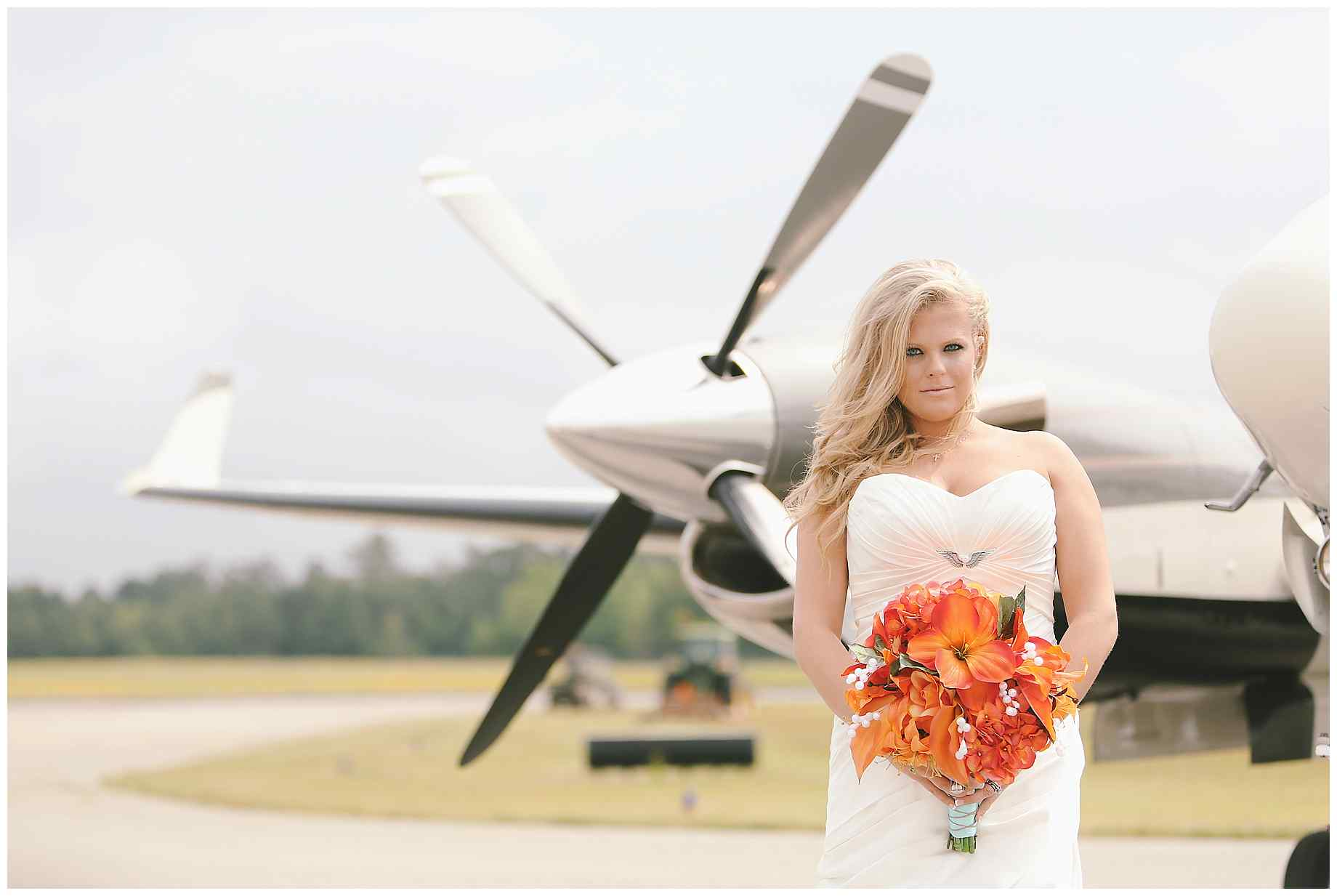 airplane-bridal-photos-001