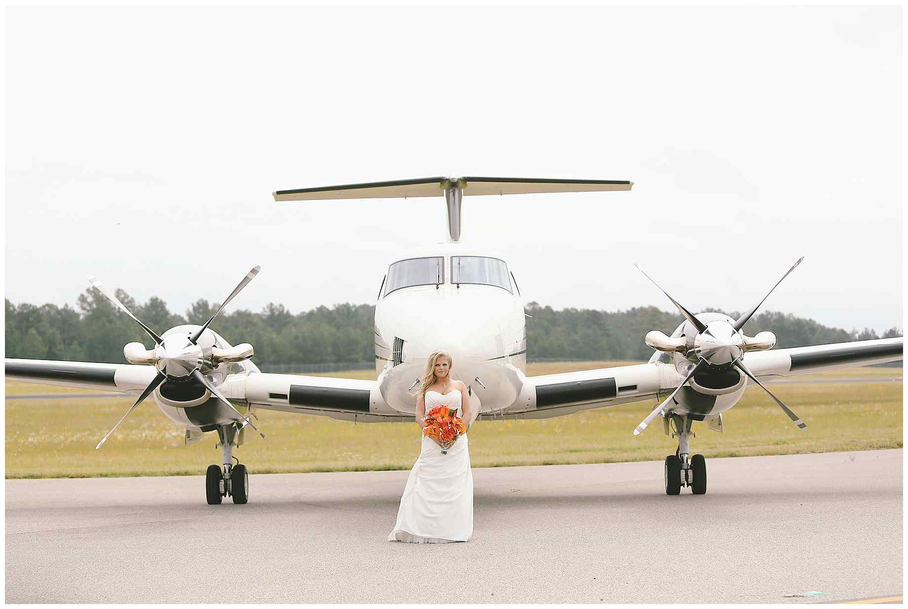 airplane-bridal-photos-002