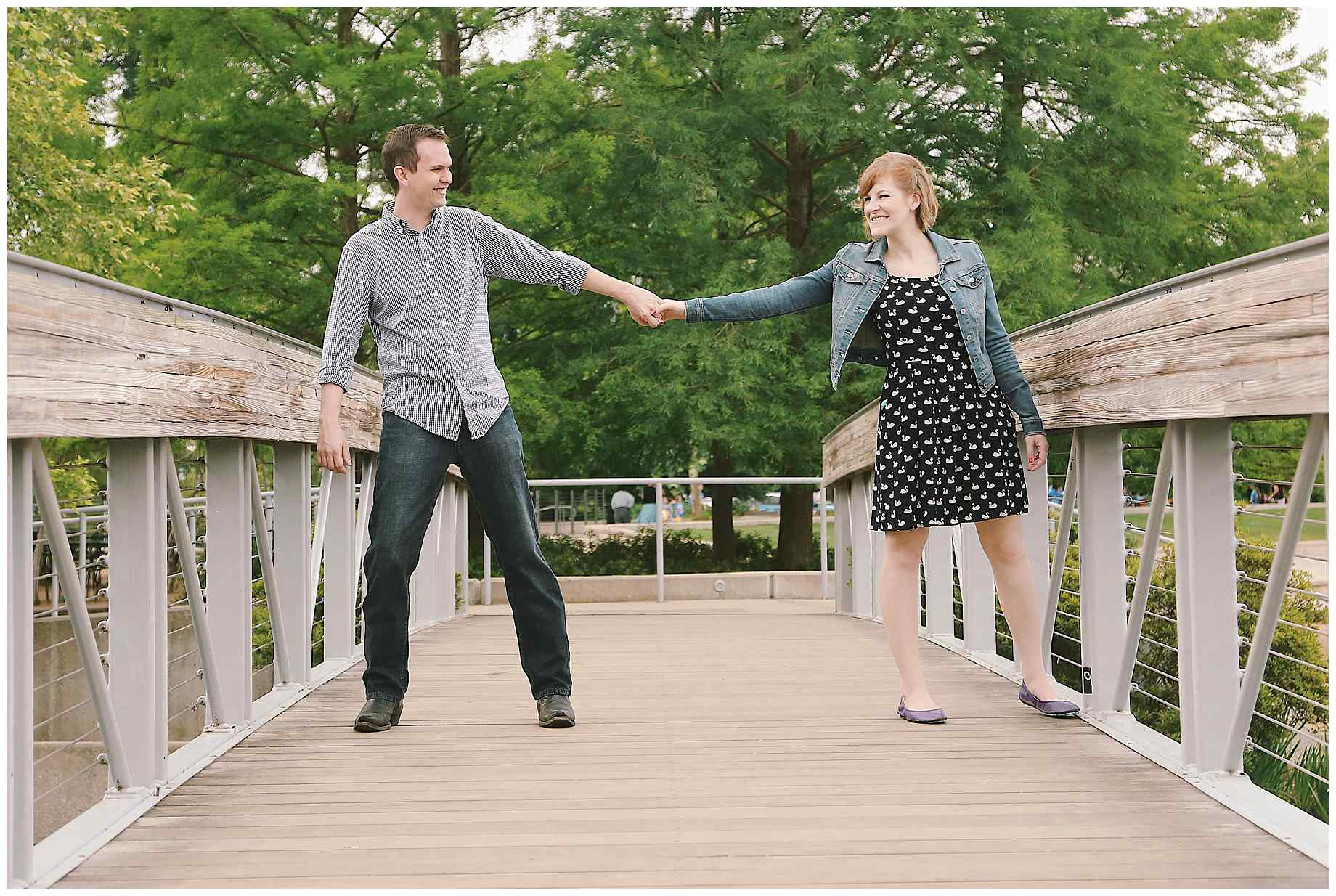 hermann-park-houston-engagement-photos-05