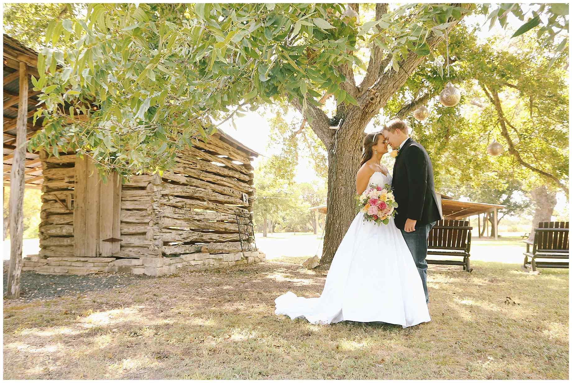 pecan-springs-ranch-austin-tx-wedding-006