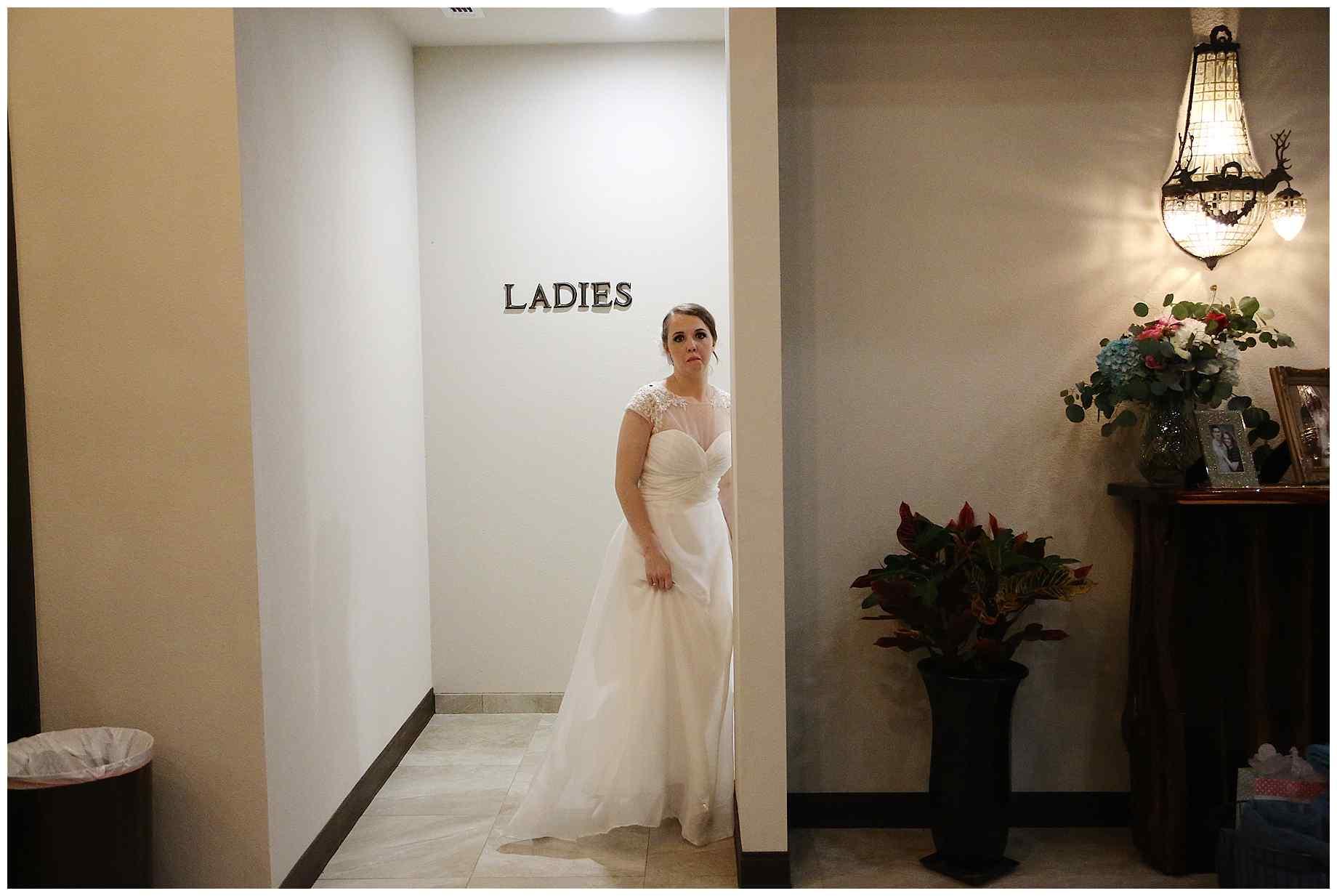 landing-event-center-joshua-farms-wedding-photos-028