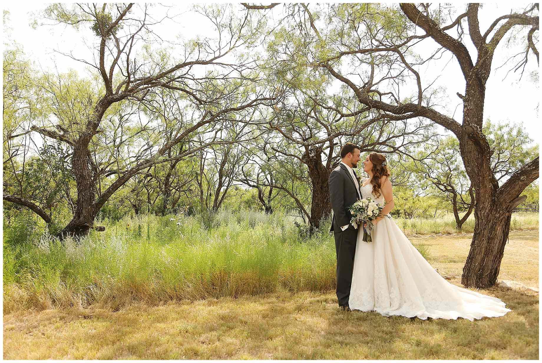 flying-t-ranch-wedding-photos-011