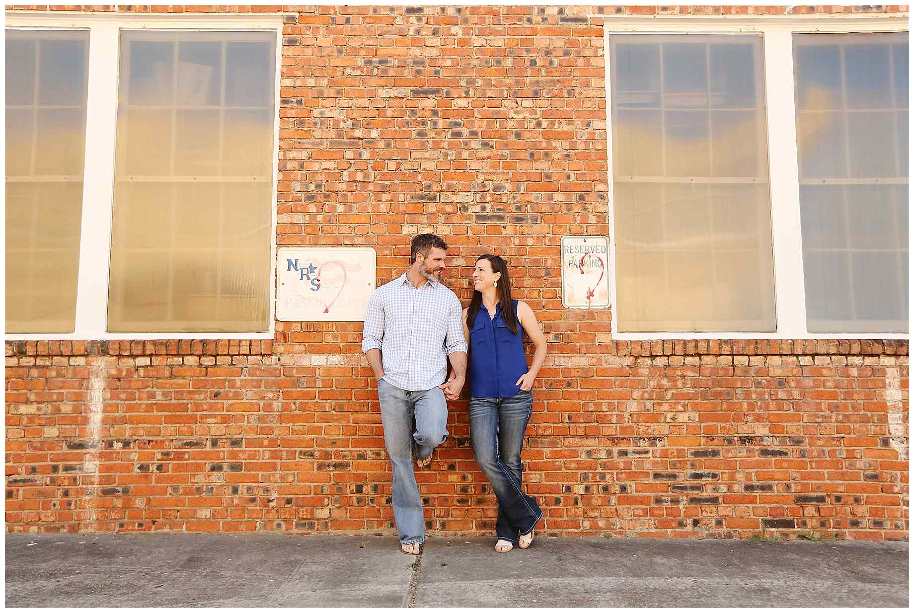 great-raft-brewing-shreveport-engagement-photos-002