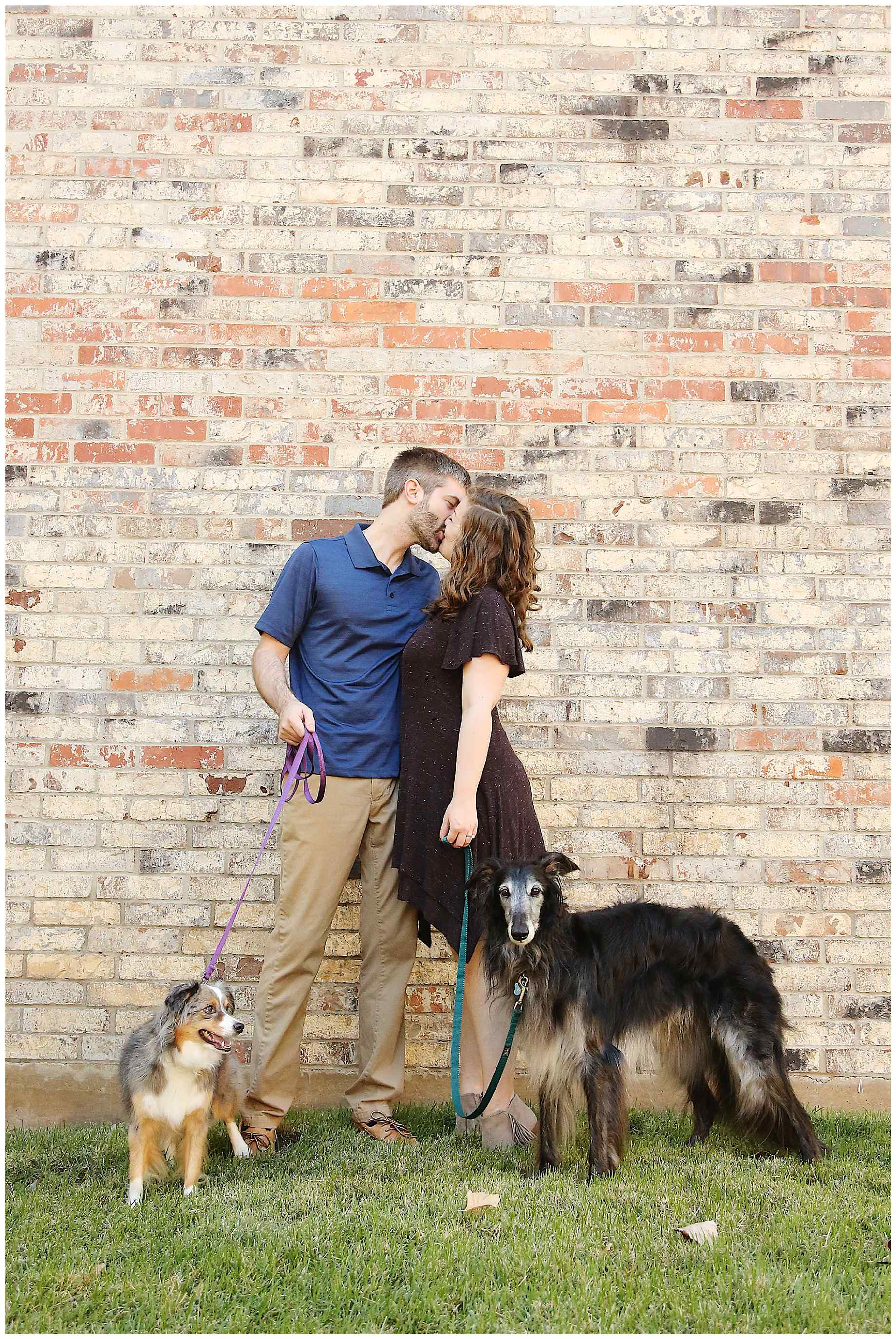denton-bookstore-engagement-photography-002