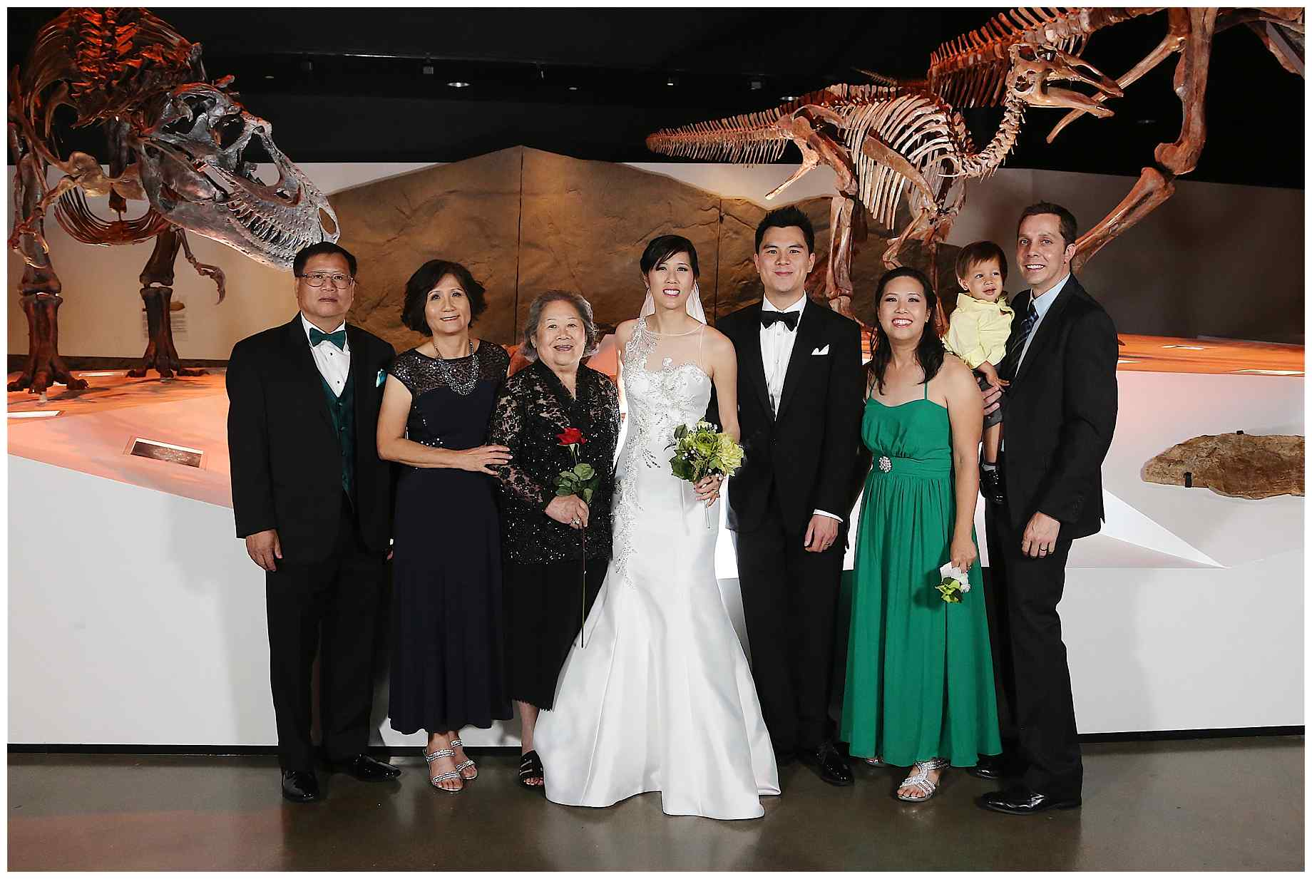 houston-museum-of-natural-science-wedding-photos-024