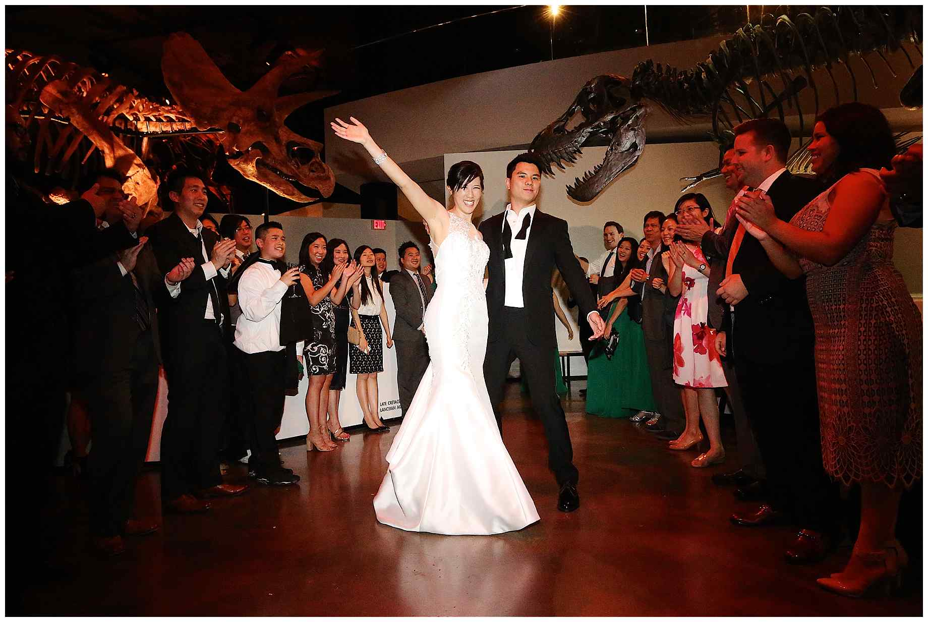 houston-museum-of-natural-science-wedding-photos-030