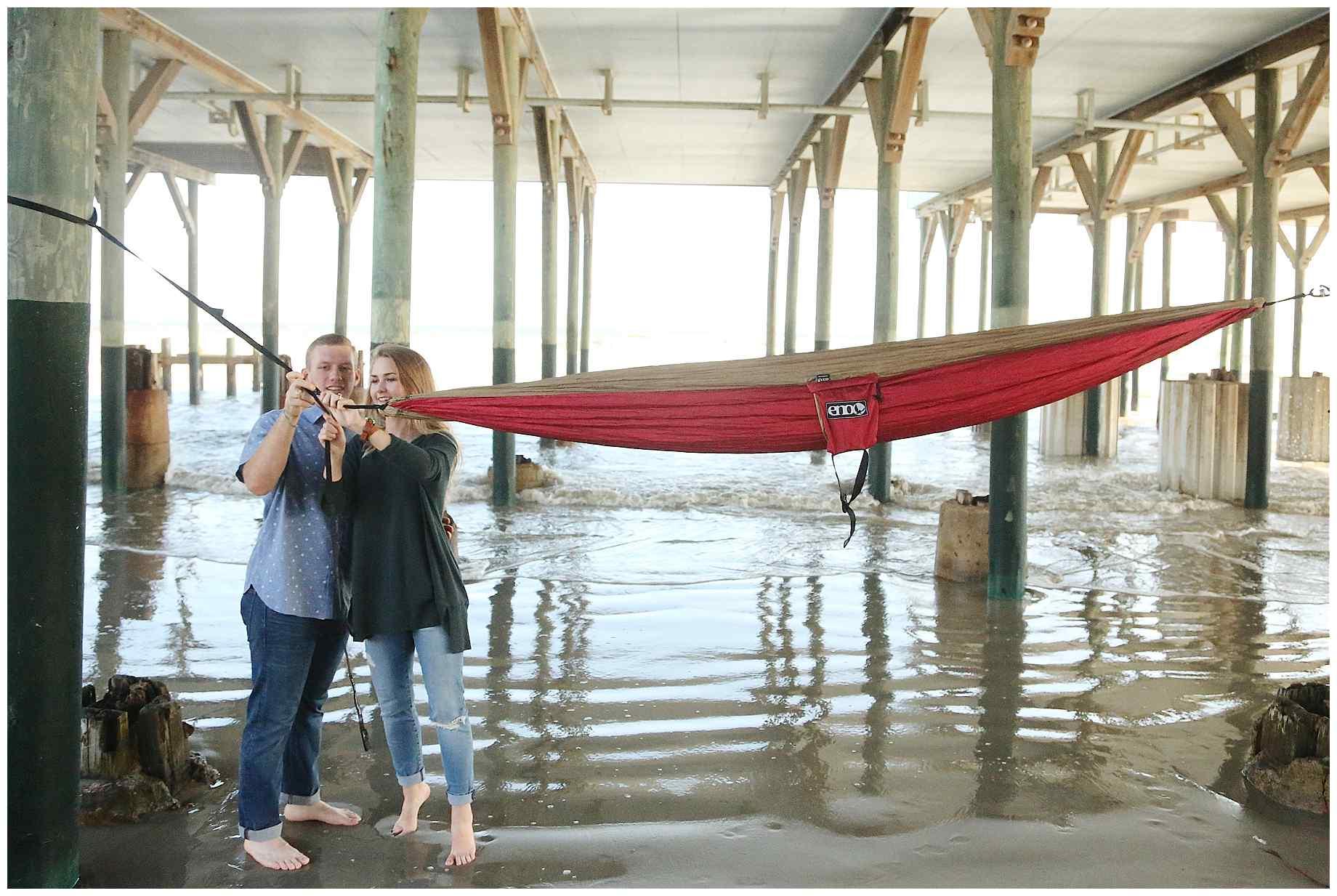 galveston-beach-engagement-photos-007