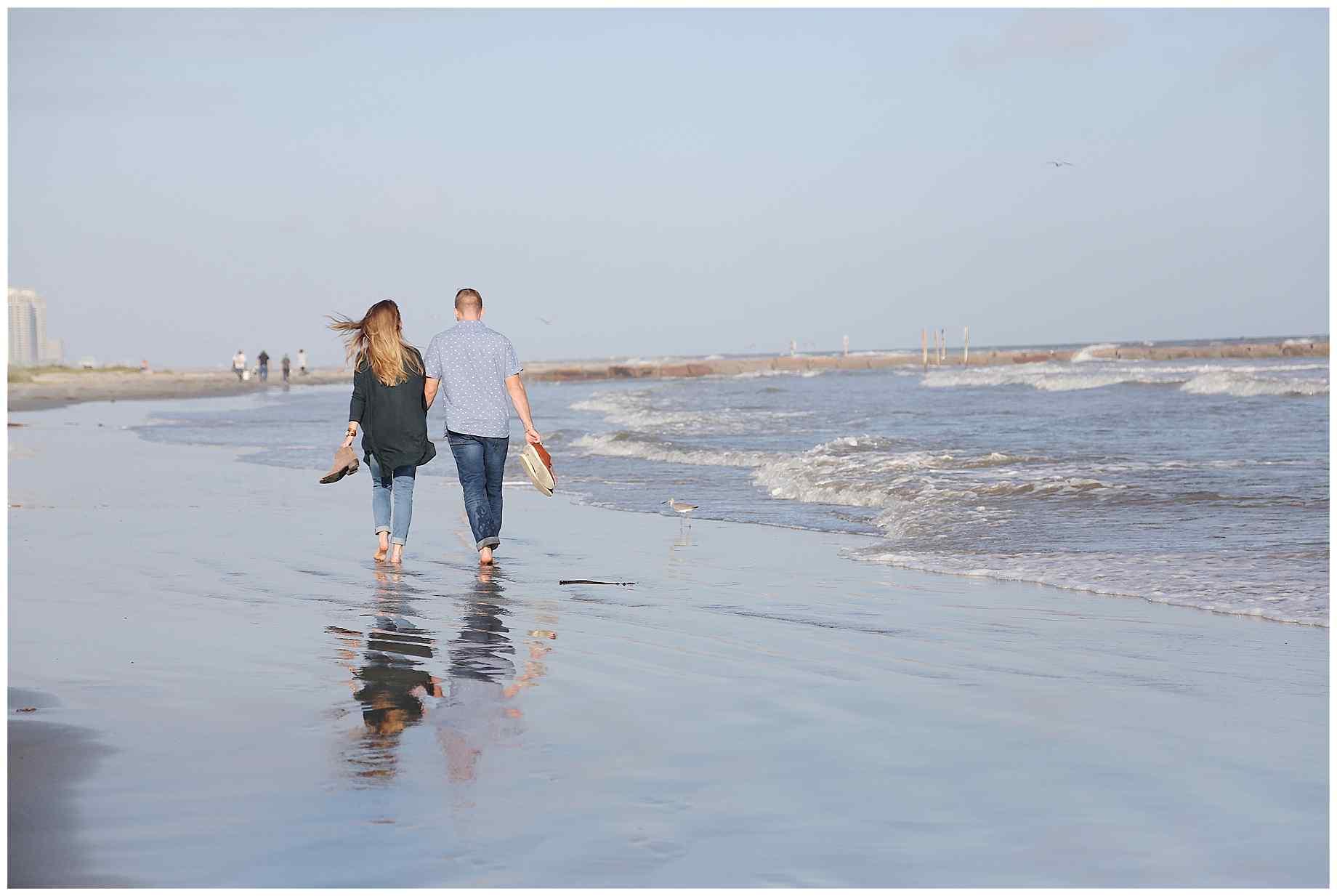 galveston-beach-engagement-photos-013