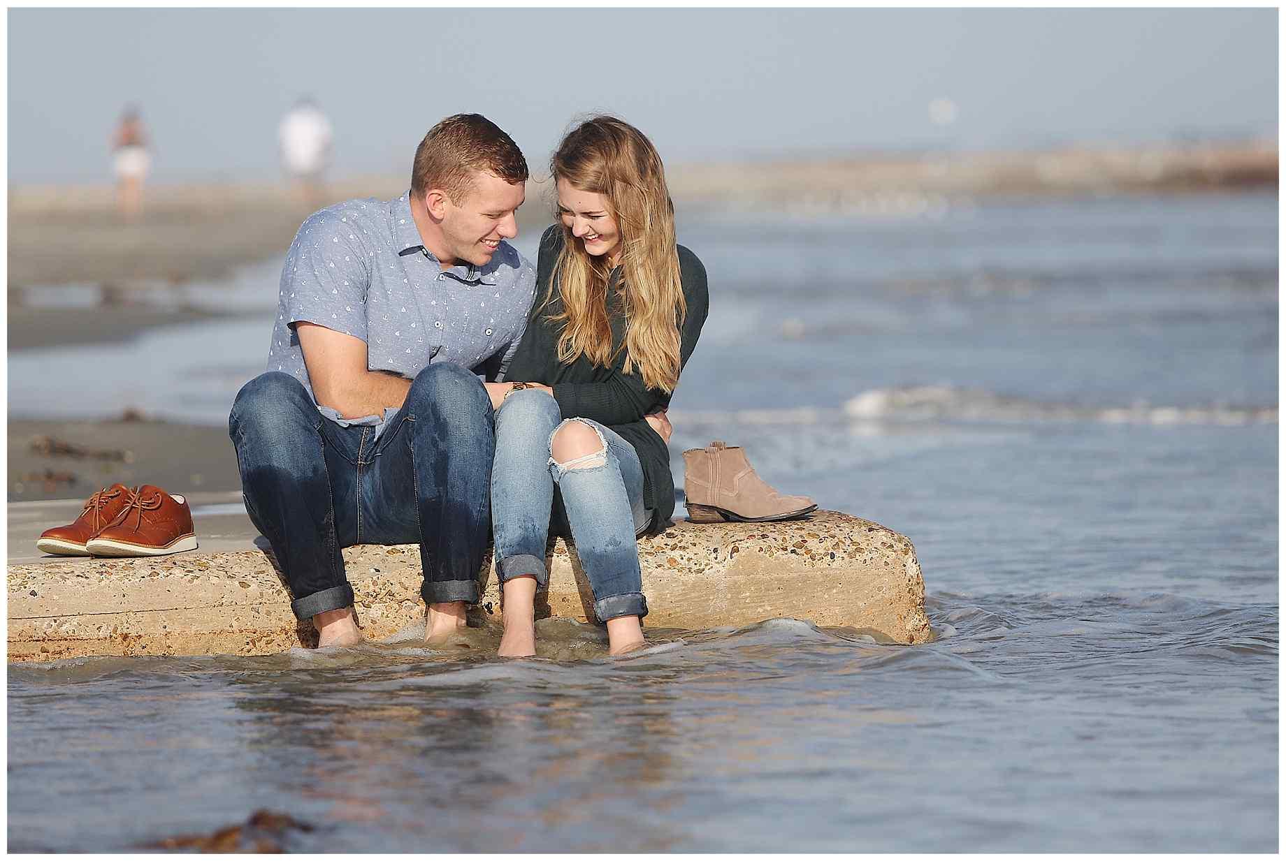 galveston-beach-engagement-photos-014