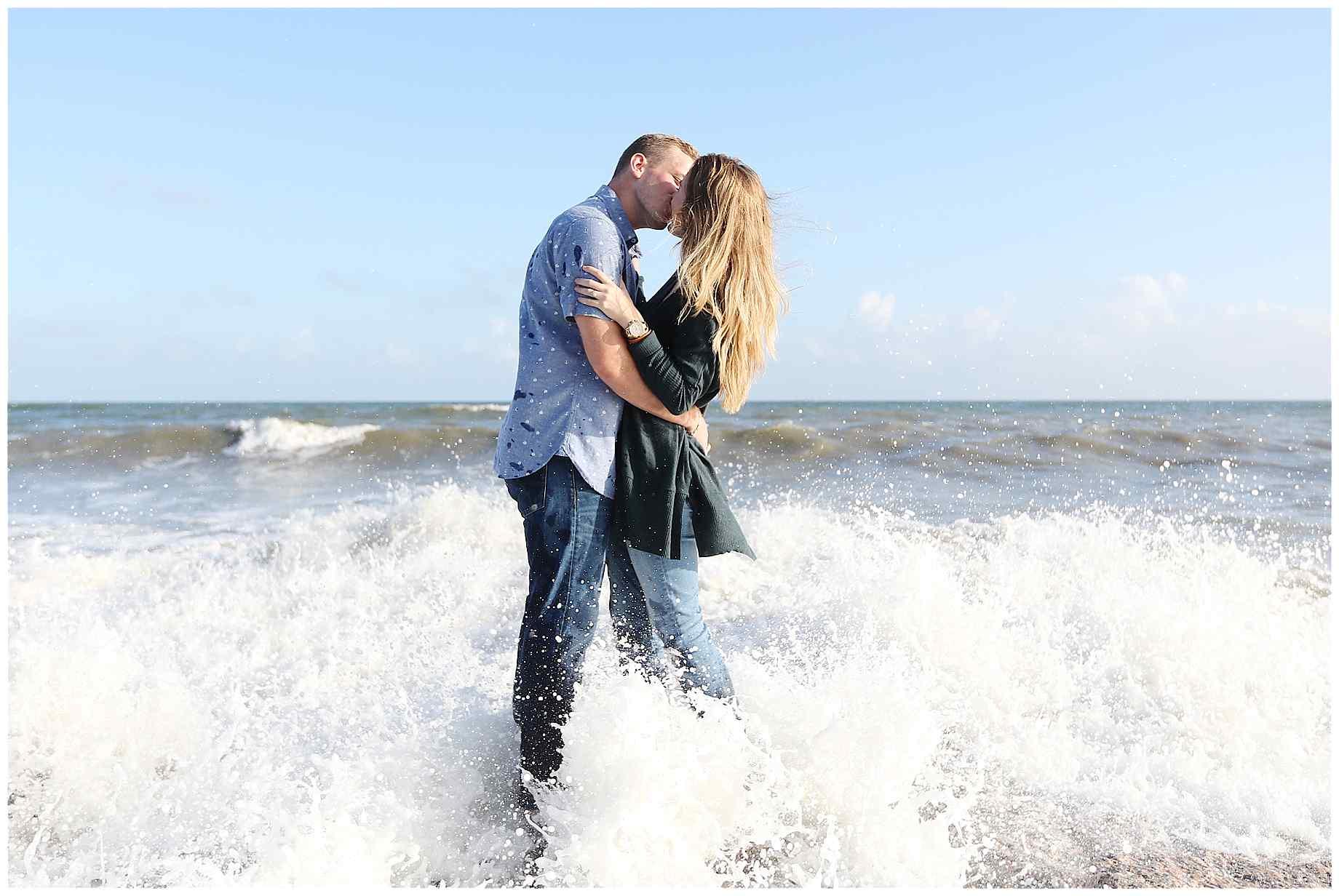 galveston-beach-engagement-photos-016